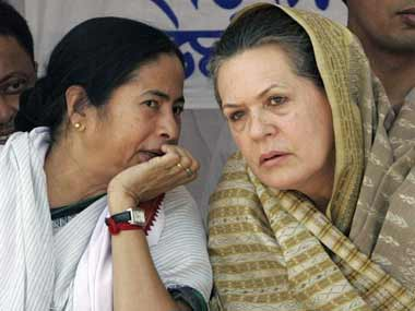 Sonia Gandhi and Mamata Banerjee/ AFP