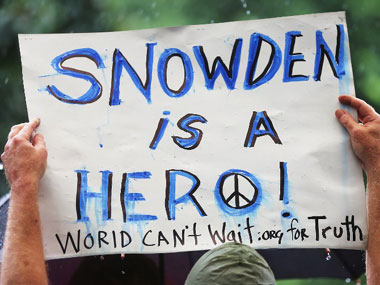 Support for Snowden. AFP.