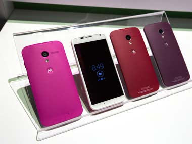 Moto X cost less to build than Samsung Galaxy S4. Reuters