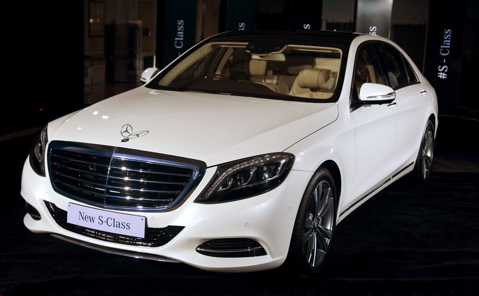 New mercedes benz s class arrives in india with price tag for Mercedes benz prices in india
