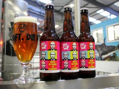Bottoms up: When world leaders chilled with a drink ... |Putin Beer