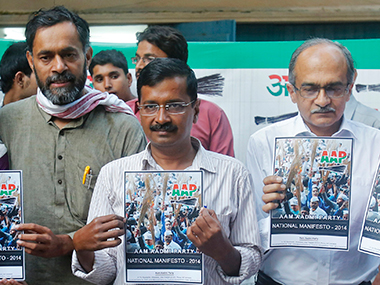 AAP has launched a 'signature drive' for the expulsion of Yogendra Yadav and Prashant Bhushan. Reuters
