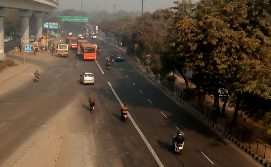 Mathura Road, the most important and busiest road that connects Delhi to Noida (UP) and Faridabad. Tarique Anwar/Firstpost