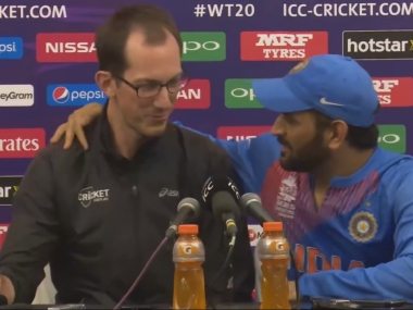 Dhoni and journalist Sam Ferris in a screengrab from the video.