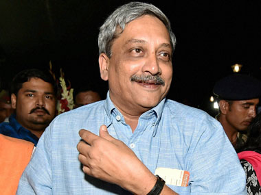 Congress criticises Parrikar for attending programs  in Goa while 'Kashmir was burning'