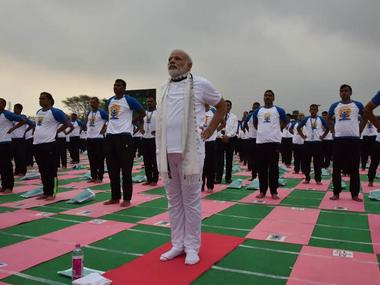 PM Modi celebrated the Yoga Day event with people in Chandigarh. Image courtesy: PIB