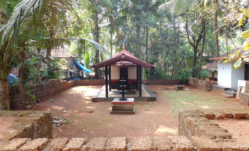 The Koorba Bhagawathi Temple situated at the land donated by the Kodinhi Juma Masjid