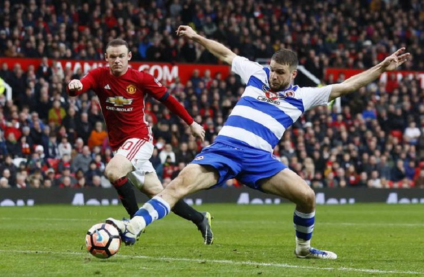 FA Cup: Wayne Rooney leads Manchester United past Reading; Olivier Giroud late show saves Arsenal
