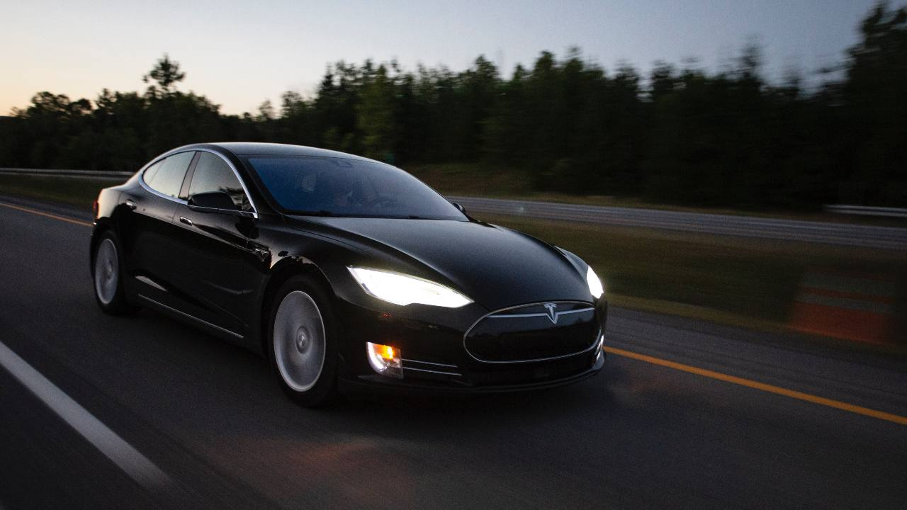 Elon Musk wants to install Mincraft and Pokemon Go in the Tesla cars.