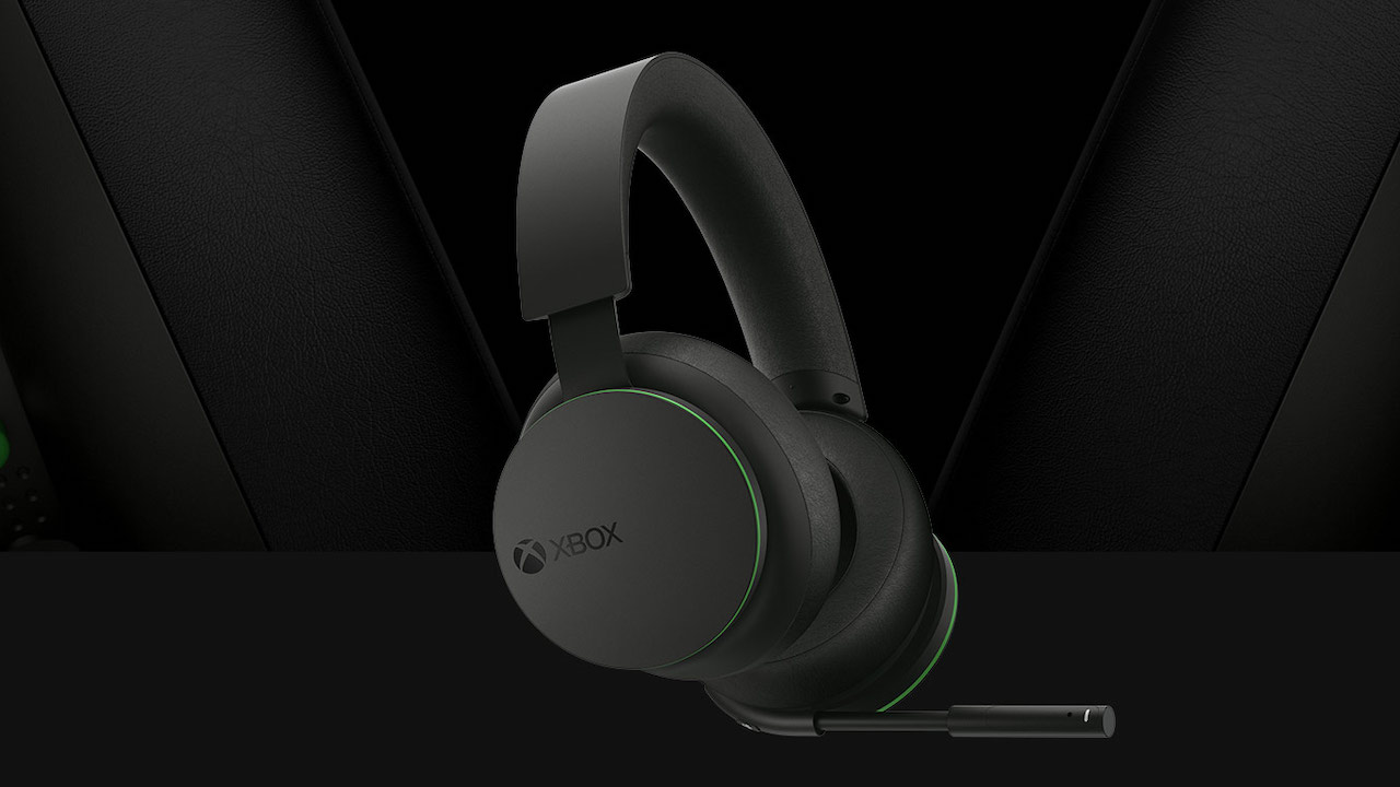 The new Xbox headsets are compatible with Xbox Series S, Xbox Series X, Xbox One, and Windows 10 devices. Image: Xbox.com